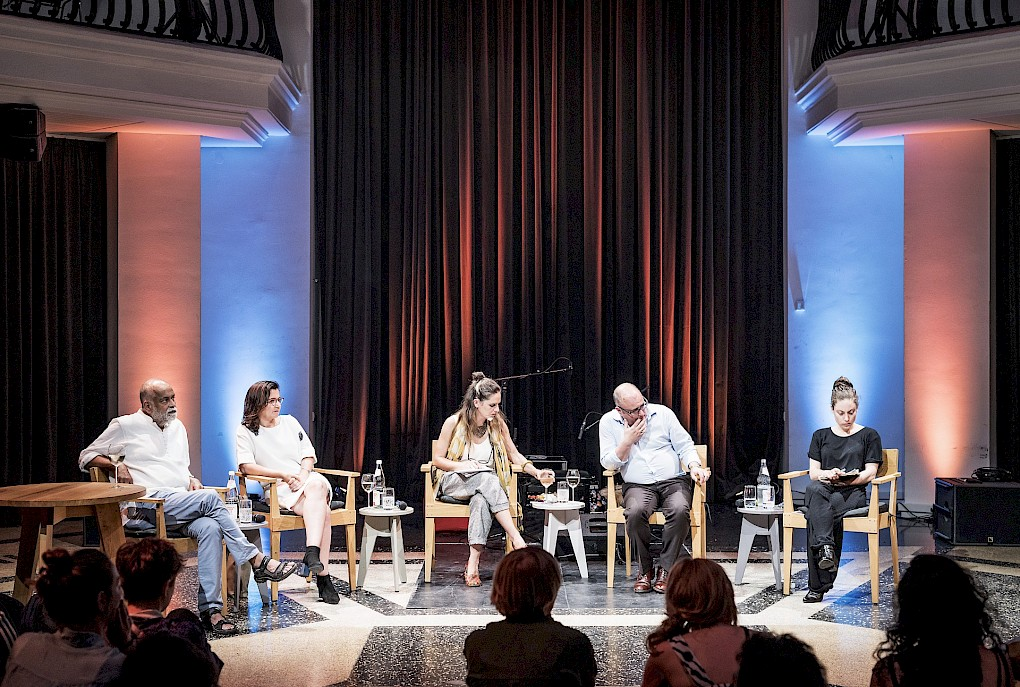 CARESSING THE PHANTOM LIMB: Panel Discussion | Photos: Marvin Systermans