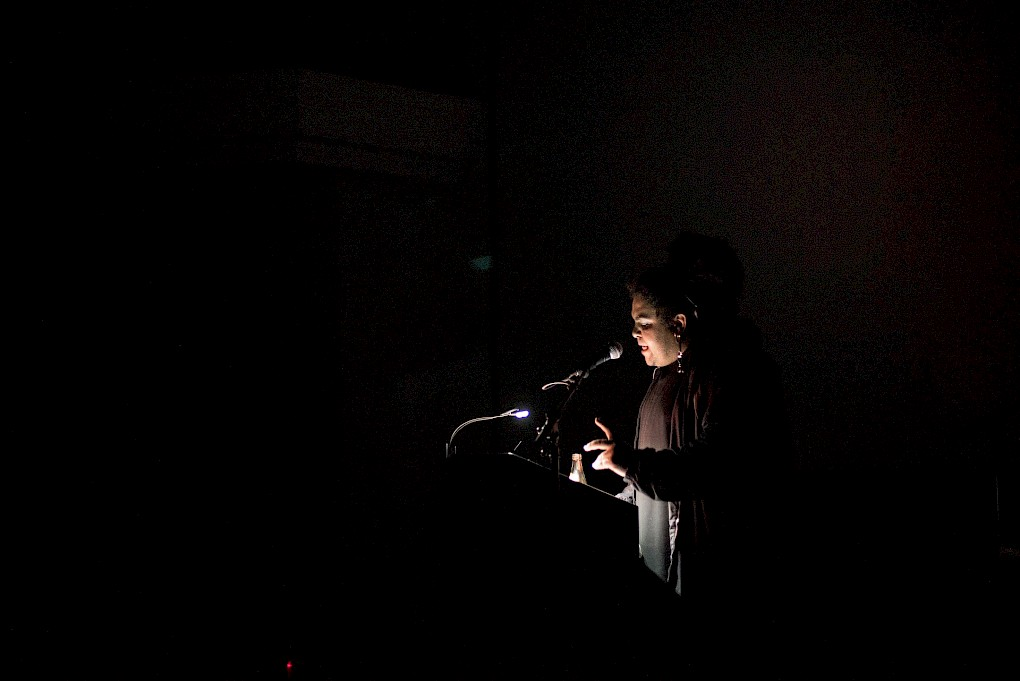 Incantations for Ecologies of Darkness: Performance by Jota Mombaça  | Photo: Raisa Galofre
