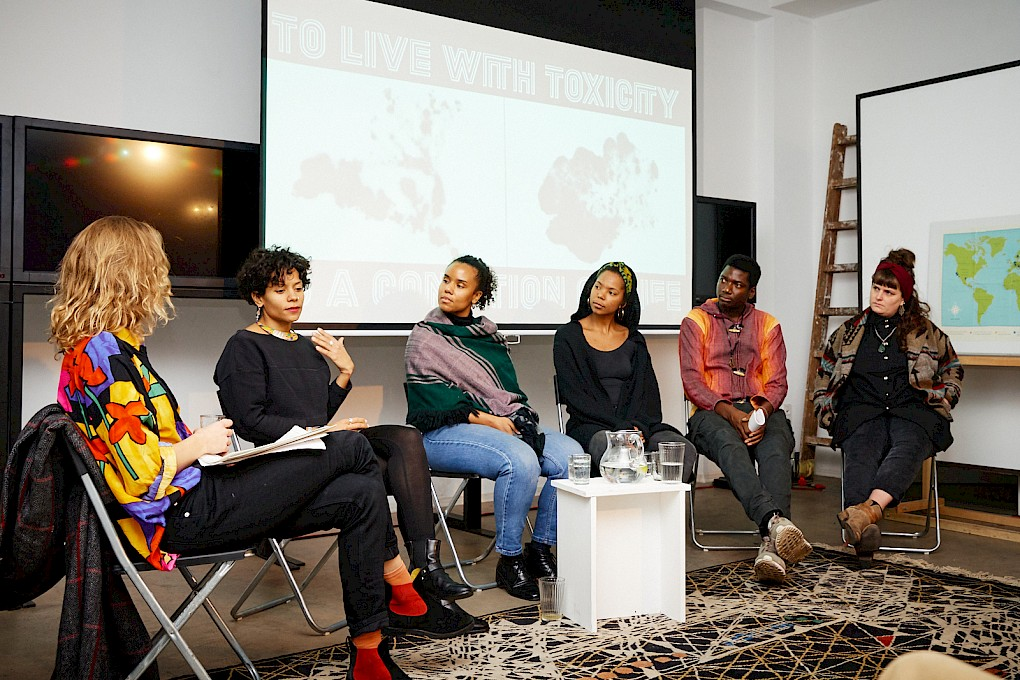 Panel: Against the Toxic: Acts of Disobedience, Interdependence and Vulnerability | Photo: Hannes Wiedemann